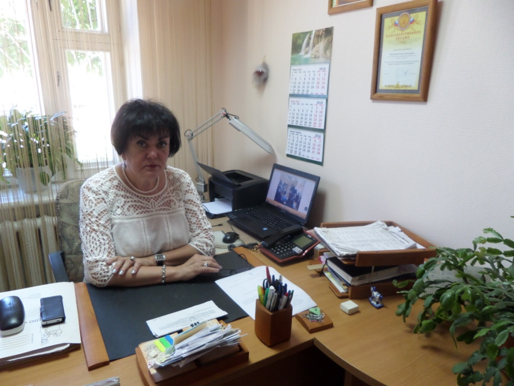 """Директор МУК """"ЦБС"""" Камешковского района Г.А.Манушина"""